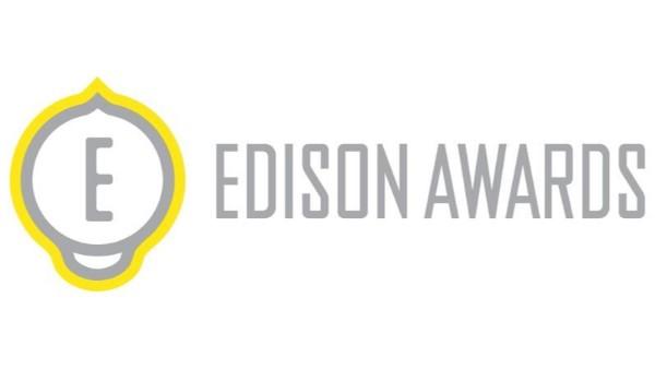 2020爱迪生发明奖鸿富诚各向异性导热垫片荣获爱迪生发明奖,这是继获得全球百大科技研发奖(R&D 100 Awards)后,鸿富诚再获国际权威奖项的肯定。